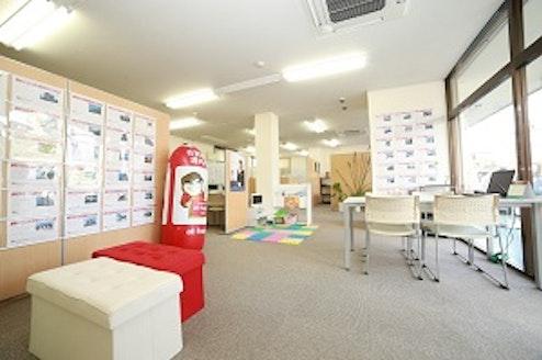 株式会社プライムホーム 山梨県 甲府市 店内の様子