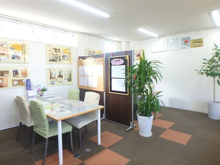 株式会社オノコムリビングワークス 愛知県 豊橋市 商談スペース4席・授乳室も用意しております