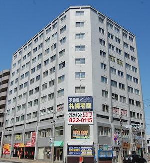 札幌宅商株式会社 北海道 札幌市豊平区 店舗外観