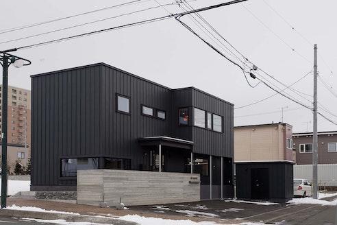 株式会社八城地建 北海道 札幌市南区 店舗の外観