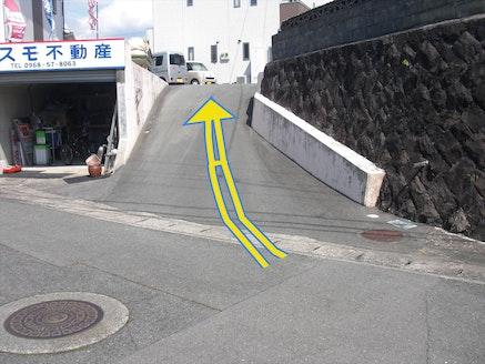 コスモ不動産 熊本県 荒尾市 店舗の入口
